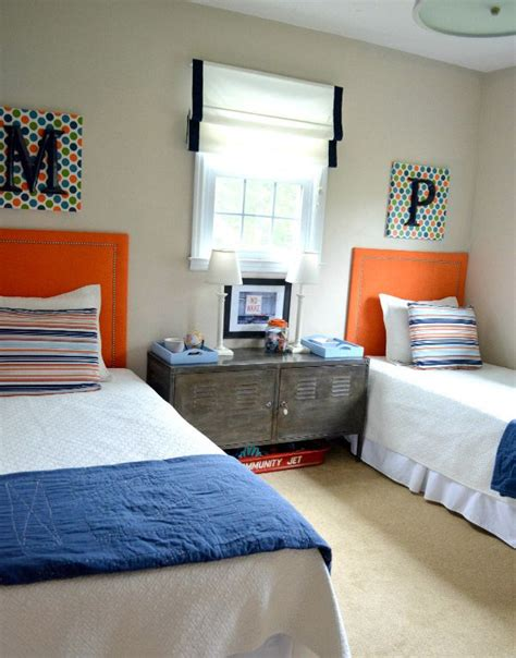 intense boy room  blue  orange palette awesome