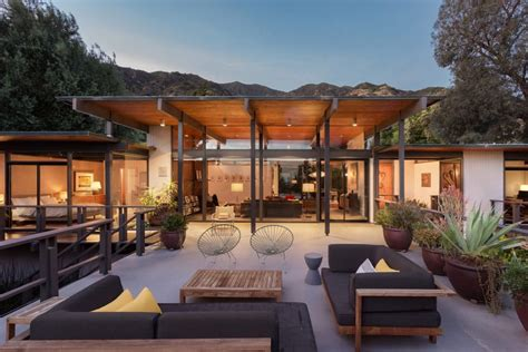 Steel Concrete And Home With Central Courtyard by Post And Beam Mid Century House In Pasadena By A