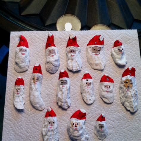 christmas crafts with shells santa painted on sea shells crafts ideas shell