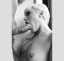 Hot Chick Sucking Big Dick Public Juicygif Com