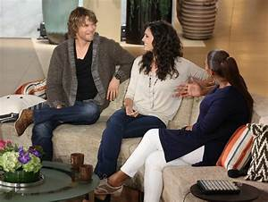 Eric Christian Olsen & Daniela Ruah visit the Queen ...