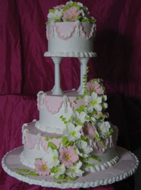 building  cake combination pillar stacked