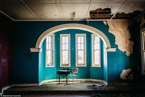 eerie photographs   abandoned st johns