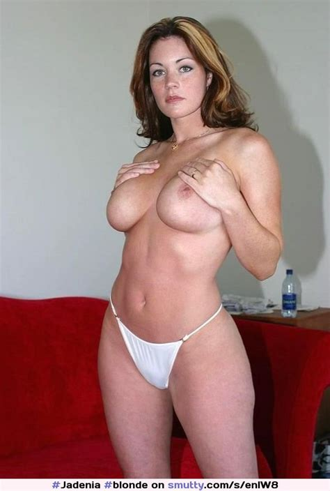 Blonde Dirtyblonde Milf Housewife Weddingring