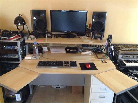 bureau home studio bureau ikea jerker réglable en parfait état ile de