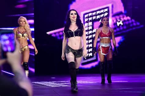 paige retiree du royal rumble mais pas encore des rings