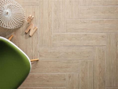 pavimento parquet ceramica pavimenti gres porcellanato effetto legno le piastrelle