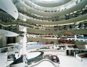 Guggenheim new york museum by frank lloyd wright e architect