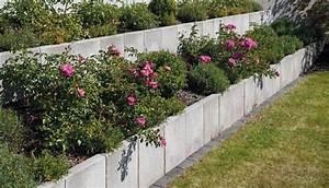 Zaun Bauen Pfosten Setzen Forum : l steine und u steine hang gartenmauer zaun ~ Lizthompson.info Haus und Dekorationen
