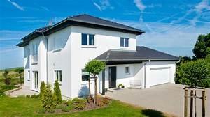 Stadtvilla Mit Garage : stadtvilla mit eingangs und garagenanbau ausbauhaus ~ A.2002-acura-tl-radio.info Haus und Dekorationen