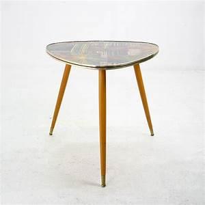 Petite Table D Appoint : petite table d 39 appoint tripode en bois massif 1950 ~ Farleysfitness.com Idées de Décoration