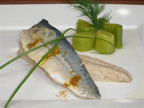 cuisiner des filets de maquereaux filet de maquereau mariné au vin blanc et ras el hanout
