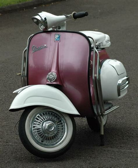 Vespa With Sky Blue Wallpaper by Out Vespa With Awesome Paint Just It