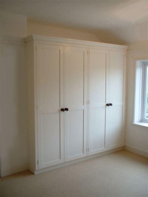 Building A Wardrobe by Best 25 Built In Wardrobe Doors Ideas On