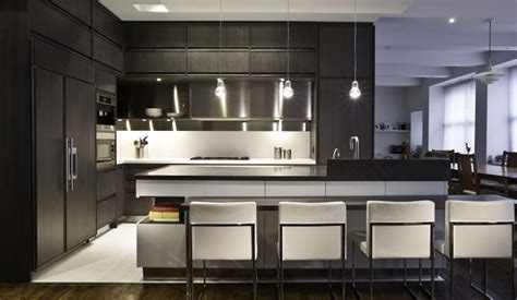 the difference between modern and contemporary kitchens