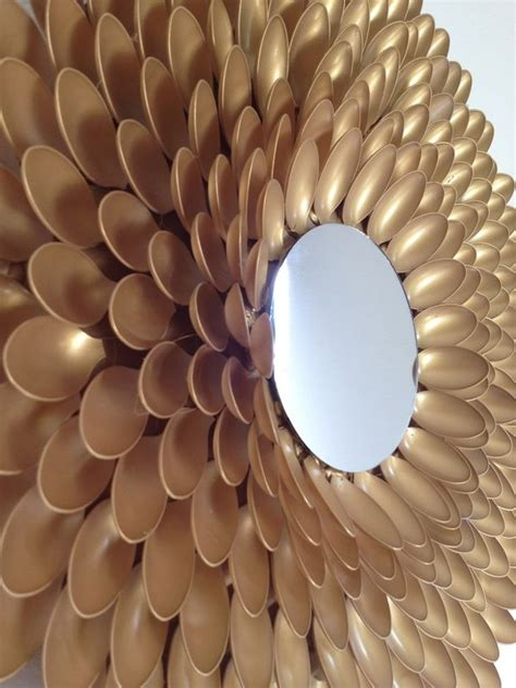 Today i would like to share with you how you can make this spoon mirror. 17 Best images about DIY Spoon Sunburst Wall art on Pinterest   Diy wall, Recycling and Plastic ...