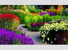 13 Of The Most Beautifully Designed Flower Gardens In The
