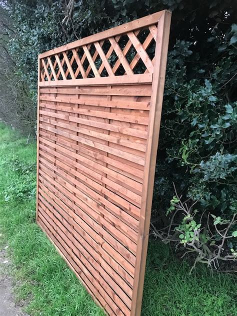 6ft Fence Panels With Trellis by Hit Miss Fence Panel With Trellis 6ft X 3ft Colchester