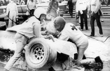 Crash Boat Ricardo S by Riccardo Paletti S Crash And Sid Watkins On Help F1