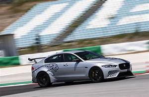Avis Jaguar Xe : essai jaguar xe sv project 8 notre avis sur la reine du n rburgring photo 14 l 39 argus ~ Medecine-chirurgie-esthetiques.com Avis de Voitures
