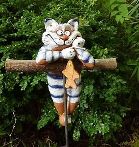 Großes Loch Im Garten Welches Tier : gartenstecker beetstecker katze m fisch keramik ~ Lizthompson.info Haus und Dekorationen