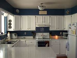 Kitchen colors with white cabinets and stainless for Kitchen colors with white cabinets with brushed nickel wall art