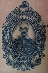 90+ Fantastic Frame Tattoos