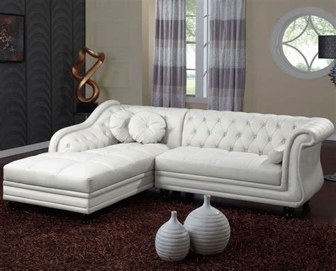 chesterfield canape photos canapé chesterfield convertible cuir blanc