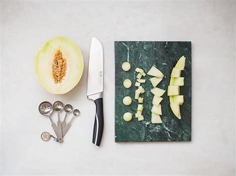 honigmelone schneiden anleitung honigmelone geschickt schneiden anleitung kitchen stories