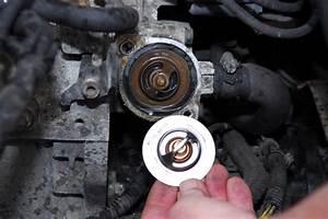 Mettre De L Essence Dans Un Diesel Pour Nettoyer : changer un thermostat de refroidissement conseils m canique ~ Medecine-chirurgie-esthetiques.com Avis de Voitures
