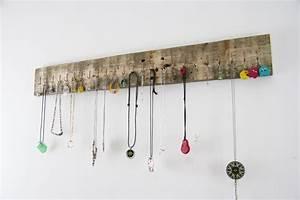 Porte Bijoux Mural : porte colliers bijoux vidjay yvar design mobilier ecodesign ~ Teatrodelosmanantiales.com Idées de Décoration