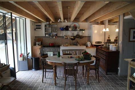 amenagement cuisine rectangulaire déco cuisine rectangulaire exemples d 39 aménagements