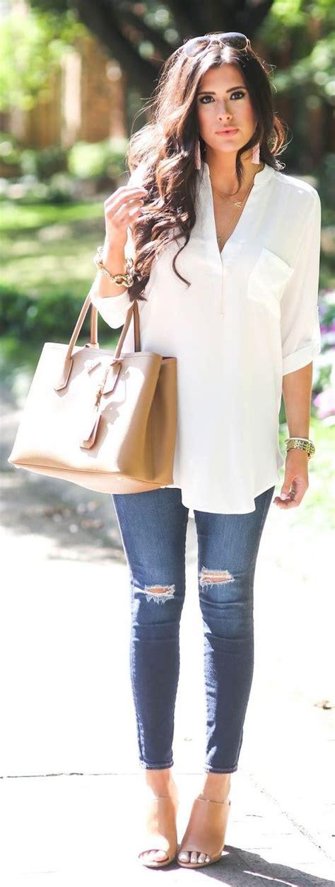 Outfit de jeans con blusa blanca (17) - Curso de Organizacion del hogar y Decoracion de Interiores