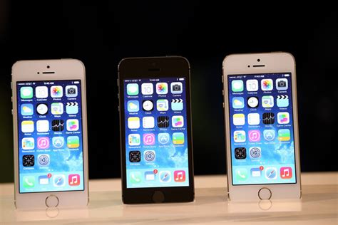 apple s new iphones iphone 5s iphone 5c babble wolverton new iphones come up even with new Fresh