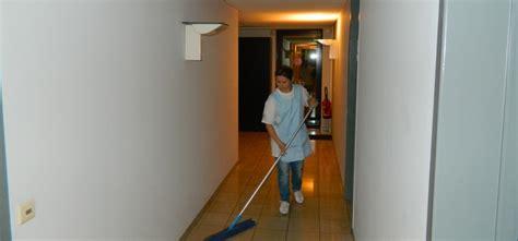 nettoyage des bureaux le nettoyage de bureaux une obligation pour les entreprises