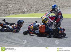 Grand Prix Moto Barcelone 2015 : karel hanika accident moto 3 editorial stock photo image 55384378 ~ Medecine-chirurgie-esthetiques.com Avis de Voitures