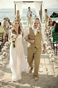 Mens Beach Wedding Attire for the Groom   Wedding and Bridal Inspiration Galleries