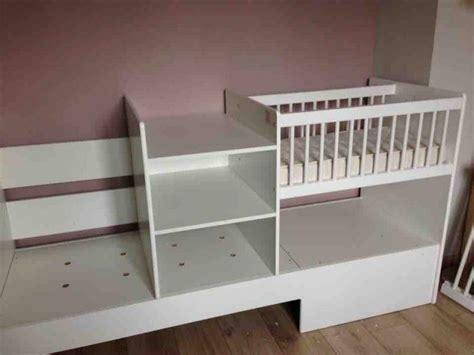 chambre bebe evolutif photos lit bébé 4 en 1 evolunid avec plan à langer