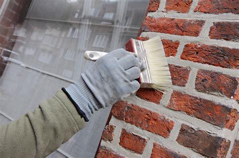 peindre des briques et parpaings la technique en d 233