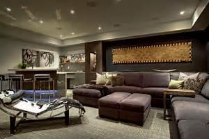 Trafalgar - Contemporary Media Room and Bar - Contemporary