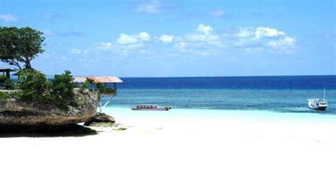 liburan  pantai bira bulukumba tempat wisata terbaik