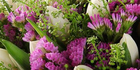 Ziedu piegādes pasūtījums internetā tajā pašā dienā uz ...