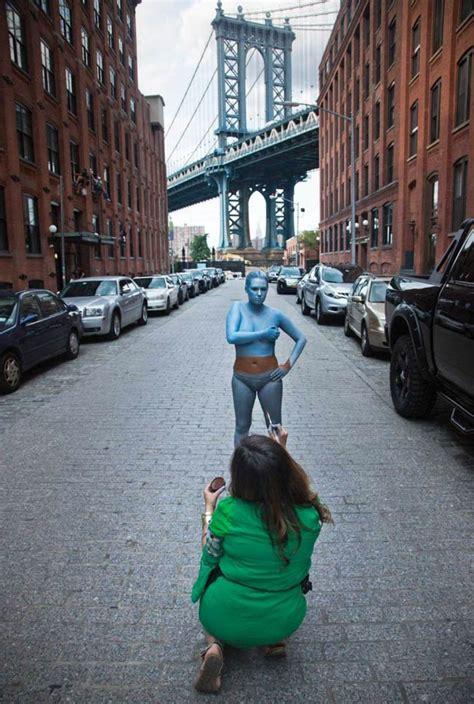 body painting camouflage ville newyork peinture corps  la boite verte