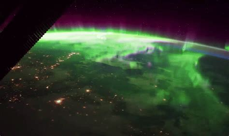 Gorgeous new video shows the northern lights as seen from