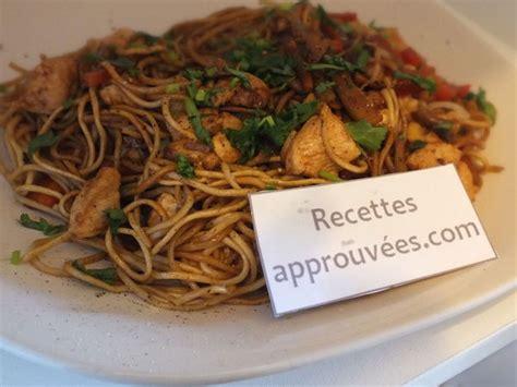 recette pate a nouille nouilles chinoises au poulet et ses l 233 gumes