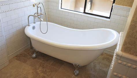 clawfoot tubs antique sinks  sale  reglazing