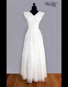 Robe Retro Année 50 : robe en mousseline de soie ann es 50 posh girl vintage 50 robes de mari e qui changent elle ~ Nature-et-papiers.com Idées de Décoration