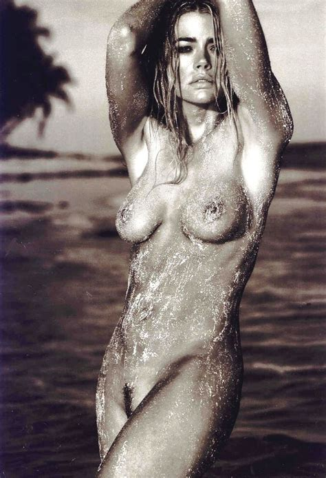 Denise Richards Nude Naked Beach Boobs Big Tits Pussy