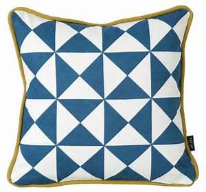 Housse De Coussin 30x30 : coussin little geometry coton 30 x 30 cm bleu blanc ~ Dailycaller-alerts.com Idées de Décoration