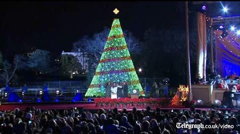 obama family turn   national christmas tree lighting